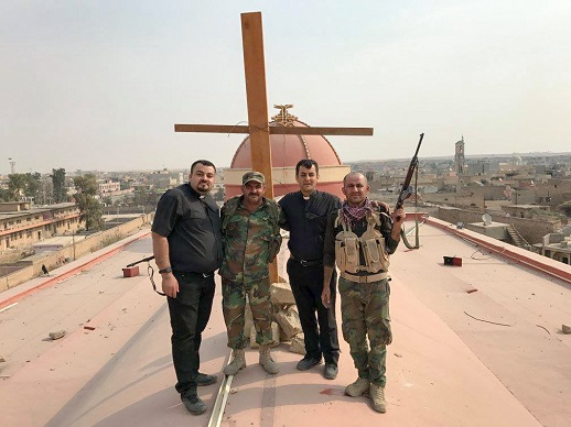 cross-lifted-in-iraq-october-2016